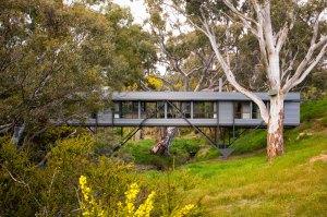Bridge House by Max Pritchard Architect